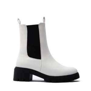 Pull On Lug Sole Boots in White